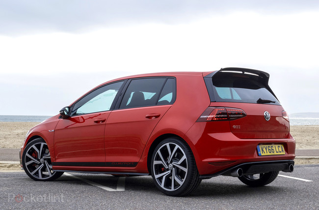 volkswagen golf gti clubsport edition 40 review the retro inspired hot hatch gearopen. Black Bedroom Furniture Sets. Home Design Ideas