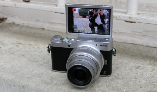 Panasonic Lumix GX800 Review