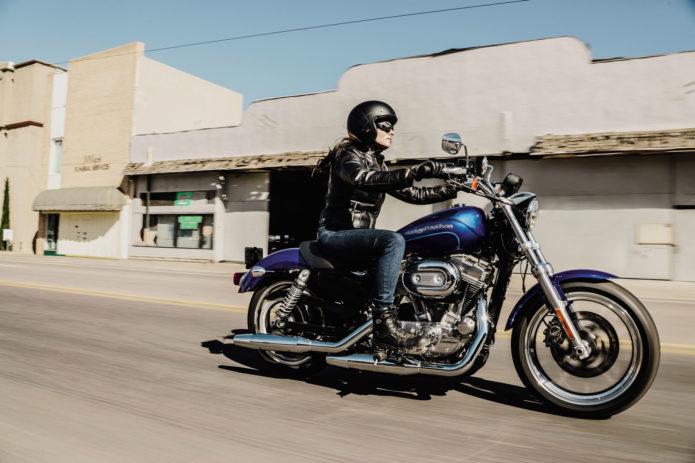 2017-Harley-Davidson-SuperLow2