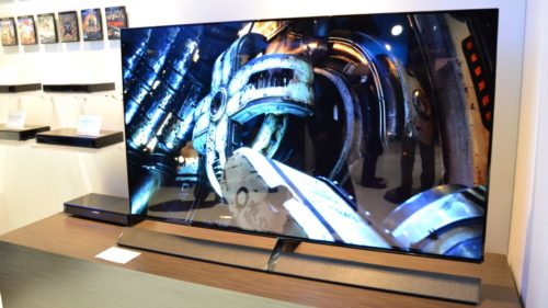 Hands on: Panasonic EZ1002 OLED review