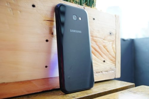 Samsung Galaxy A7 (2017) Initial Hands-on Review : The A Series Goes Water Resistant