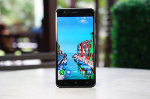 ASUS Zenfone 3 Zoom Initial Hands-on Review : ZF3 Killer?
