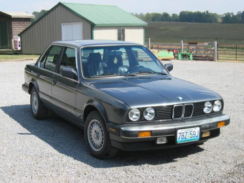 The BMW E30 3 Series : The Ultimate Car for the Everyman