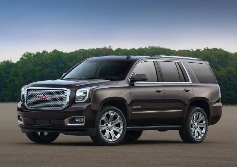 2017 gmc yukon denali review all truck all luxury no compromises gearopen. Black Bedroom Furniture Sets. Home Design Ideas