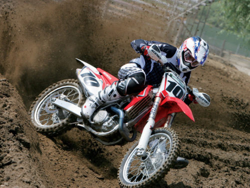 Honda CRF450R Vs. Husqvarna FC450 Vs. Kawasaki KX450F Vs. KTM 450 SX-F Vs. Suzuki RM-Z450 Vs. Yamaha YZ450F – Shoot-outs