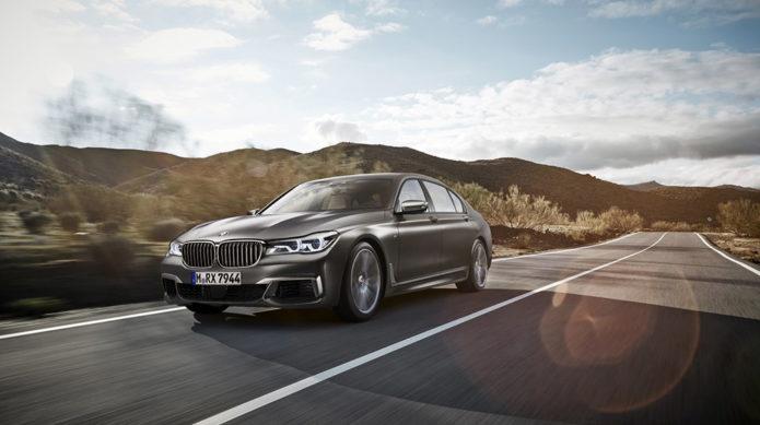 BMW-M760i-xDrive--(1)