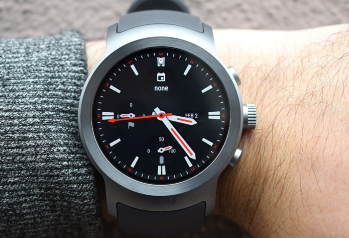 Android Wear 2.0 review : Google takes another run-up at its smartwatch platform