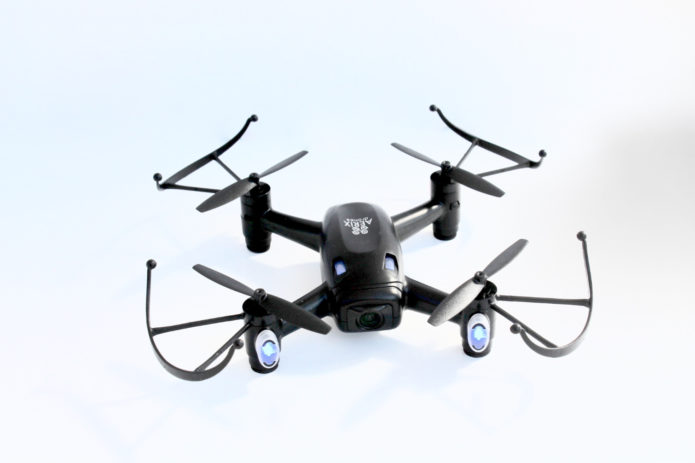 Aerix Black Talon 2.0 Review : Best Racing Drone for Beginners