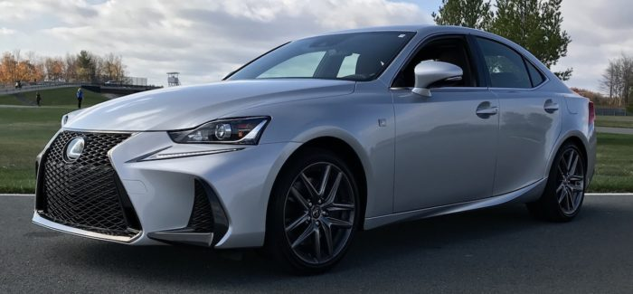 2017-Lexus-IS-200t-Review-01-700x325