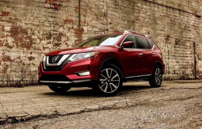 2017-Nissan-Rogue-SL-AWD_7-768x488