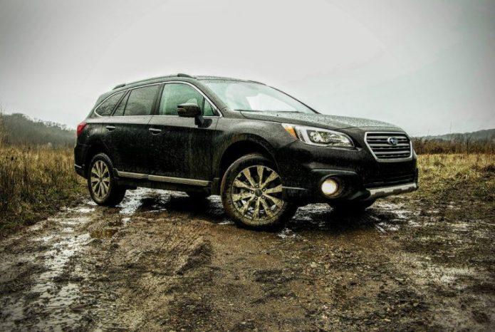 2017-Subaru-Outback-3.6R-Touring_10-768x515