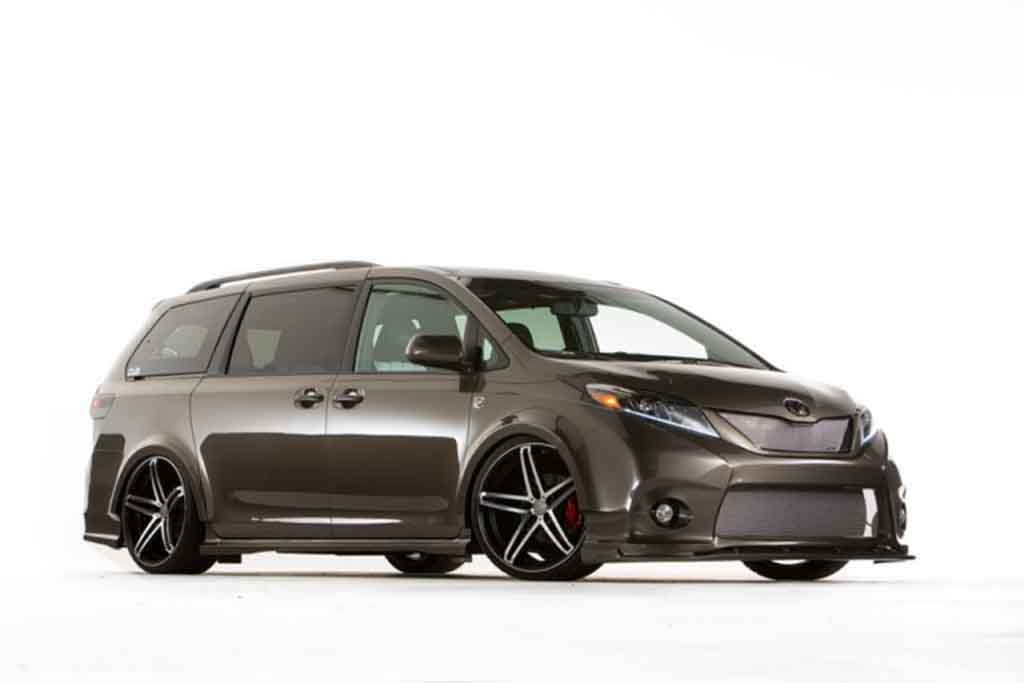 2018 toyota sienna review gearopen. Black Bedroom Furniture Sets. Home Design Ideas