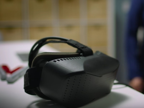 Hands-on : Everything you need to know about Microsoft's Mixed Reality headsets
