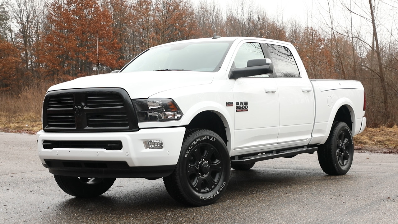2017 ram 2500 and 3500 heavy duty night package review gearopen. Black Bedroom Furniture Sets. Home Design Ideas