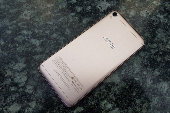 ASUS Zenfone Live Hands-on Initial Review : Phone For The Livestream Generation