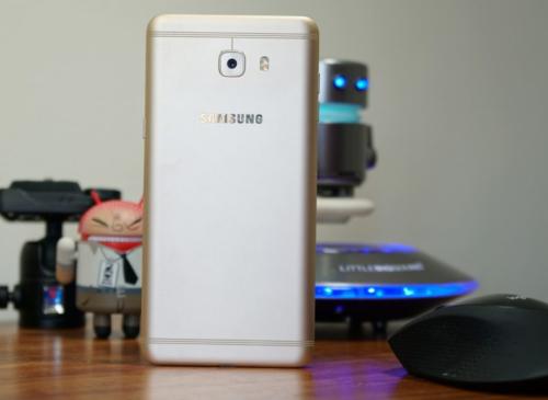 Samsung Galaxy C9 Pro Review: Sayonara, A9 Pro?