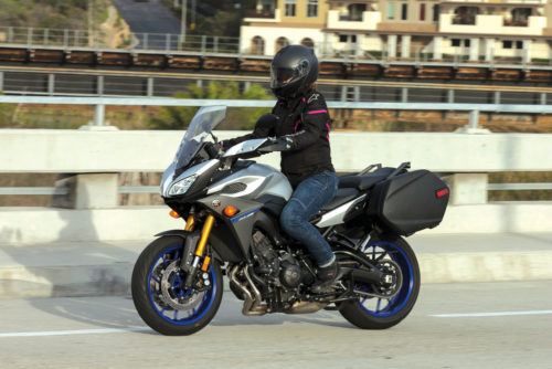 2015 – 2017 Yamaha FJ-09 Review