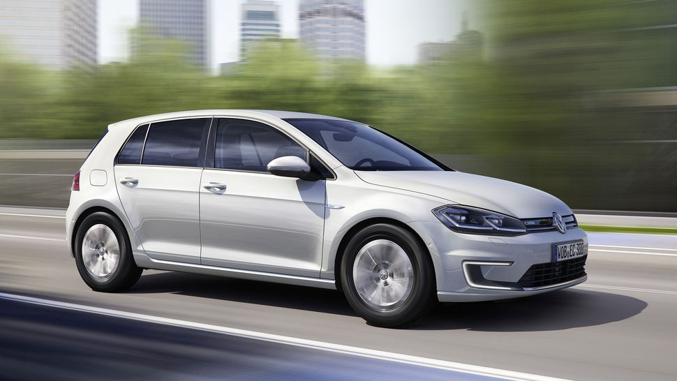 2017 Volkswagen e-Golf: Watch Out, Bolt