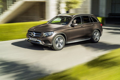 2016-mercedes-benz-glc-cl-23_400x266w