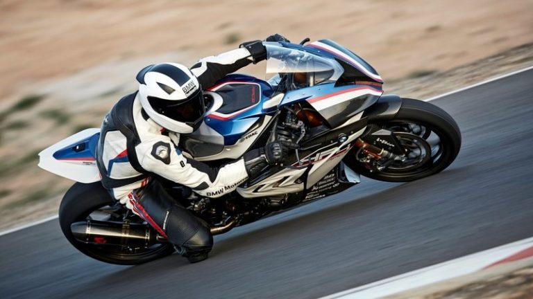 2017-bmw-hp4-race-29_800x0w