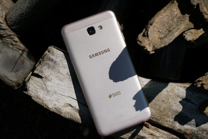 Samsung Galaxy J5 Prime Review: Middle Child of the J Series