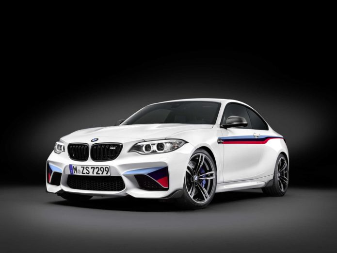 P90207893-the-new-bmw-m2-coupe-with-bmw-m-performance-parts-02-2016-2002px