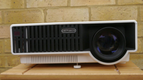 Hands on: Gearbest PRW330 LED Projector review