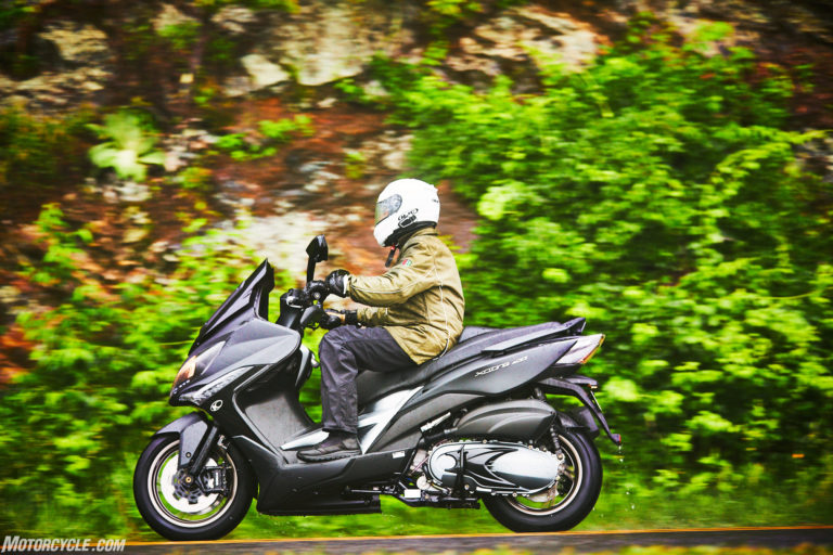 053117-2018-kymco-xciting-400i-action-4