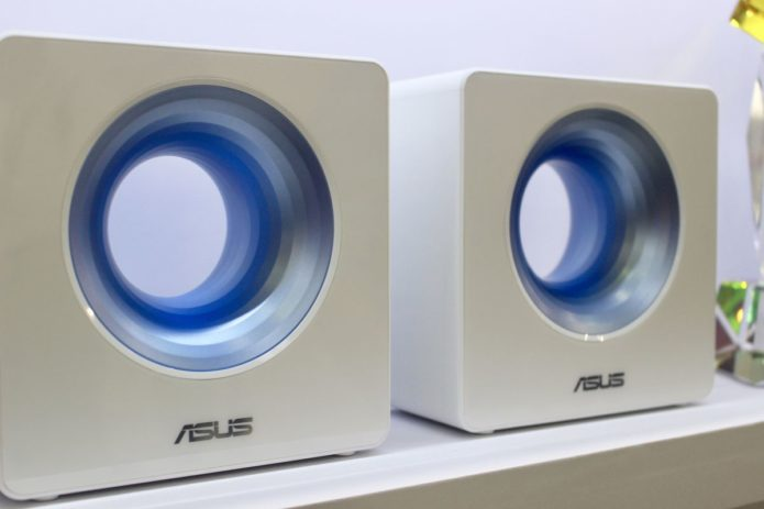 ASUS Blue Cave Smart Wi-Fi Router Hands-on Review