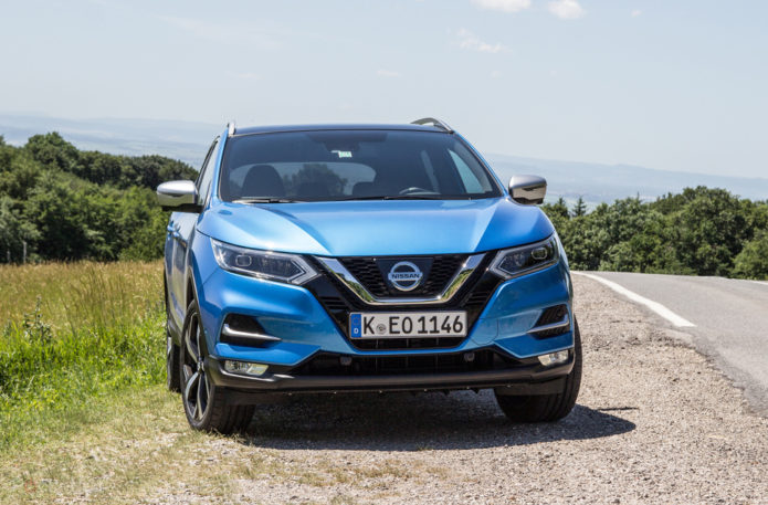 141358-cars-review-nissan-qashqai-2017-review-image1-pyfumxy357