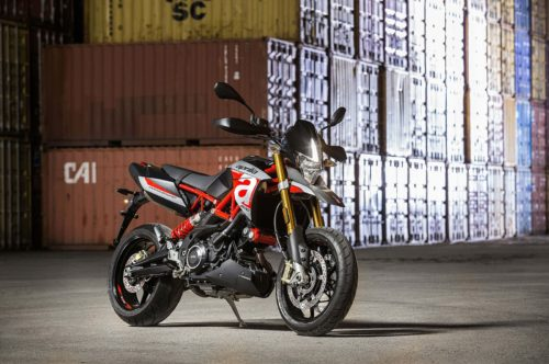 2017 Aprilia Dorsoduro 900 Review
