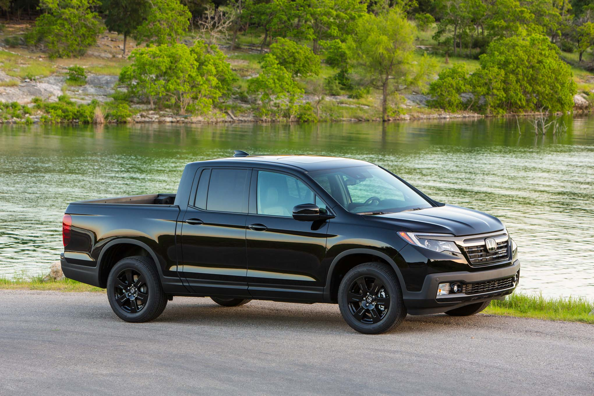 5 things you need to know about the 2017 honda ridgeline