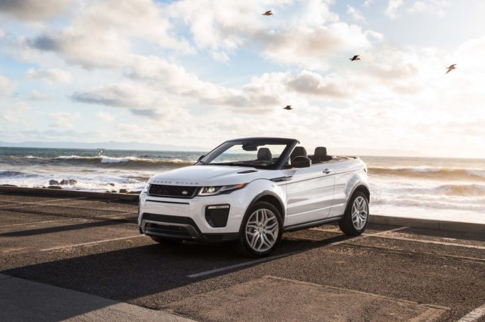 2017-Land-Rover-Range-Rover-Evoque-convertible-front-three-quarters