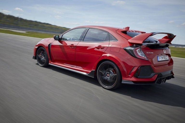2017-honda-civic-type-r-9_800x0w