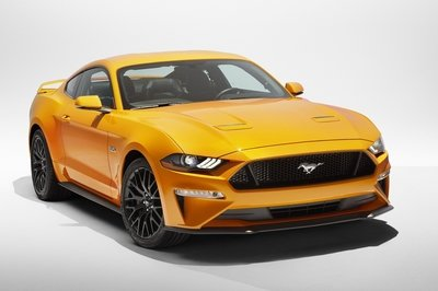 2018-ford-mustang-2_400x266w