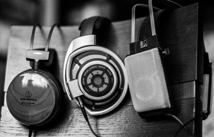 Top 10 Best Bass Headphones of 2017