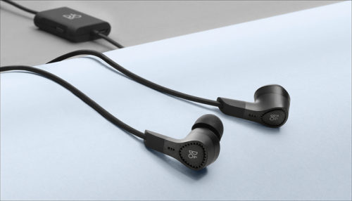 B&O BeoPlay E4 review