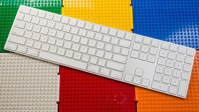 apple-keyboard-07