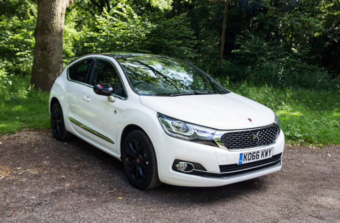 141342-cars-review-ds-automobiles-ds4-review-image1-qcac1u2wi9