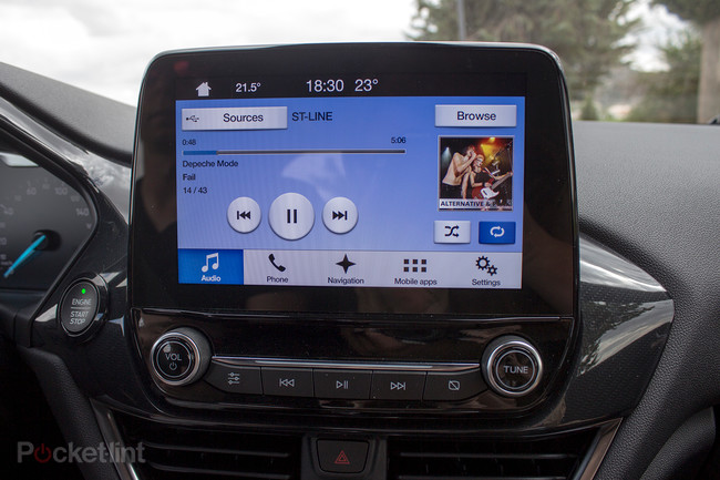 141495-cars-review-ford-fiesta-2017-infotainment-image1-aqhsm4uwws