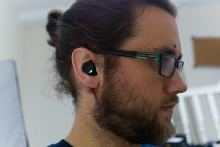 141509-headphones-review-bragi-dash-pro-review-image9-ctuevd8lxd