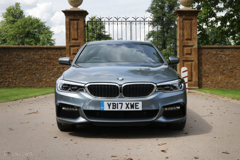 141550-cars-hands-on-bmw-530e-electric-hybrid-review-image5-ubk7fyoyqe