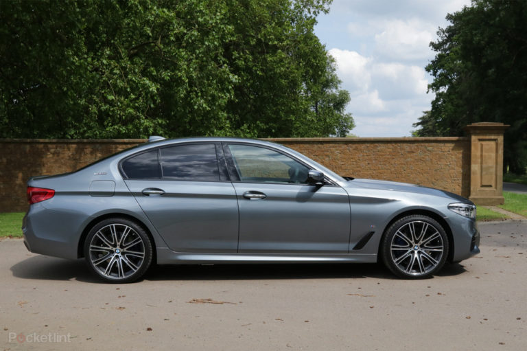 141550-cars-hands-on-bmw-530e-electric-hybrid-review-image7-dzai936pji
