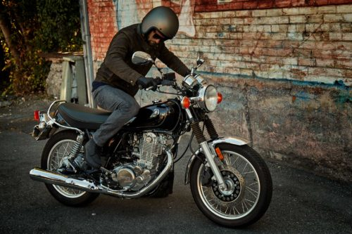 2016-2017 Yamaha SR400 Review