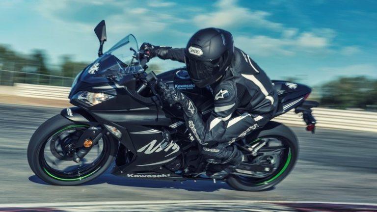 2017-ninja-300-wte_800x0w