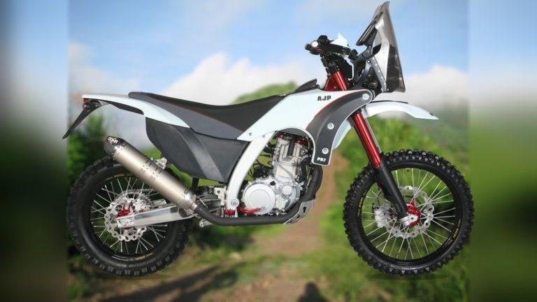 2018-ajp-motorcycles-pr7-4_800x0w