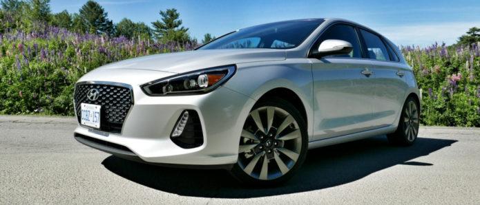 Hero-2018-Hyundai-Elantra-GT-review-photo-SlashGear00025