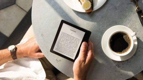 Amazon Kindle vs Paperwhite vs Voyage vs Oasis