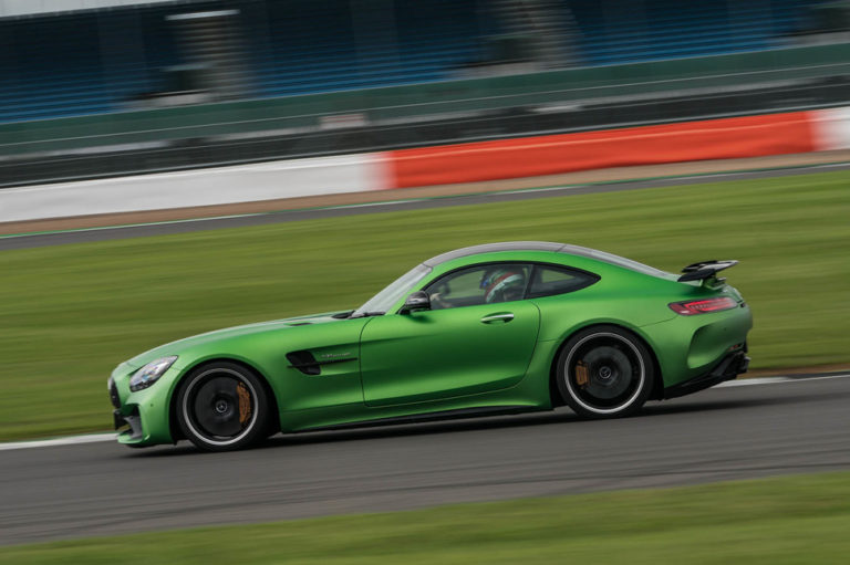 141917-cars-hands-on-amg-gt-r-image5-ixsuf3rygo