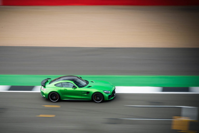 141917-cars-hands-on-amg-gt-r-image9-xjis7ugwca